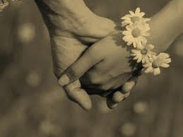 gandeng tangan