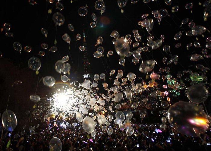 balon tahun baru