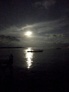 Bulan Purnama di Dermaga Trawangan