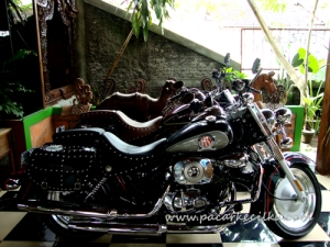 koleksi motor di Rumah Makan Nyahni Kalasan