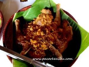 ayam goreng kalasan ala Rumah Makan Nyahni