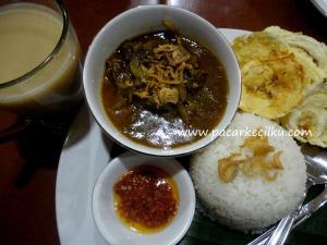 nasi kari daging