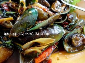 kerang hijau masak daun kemangi