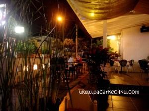suasana di Serafin Cafe