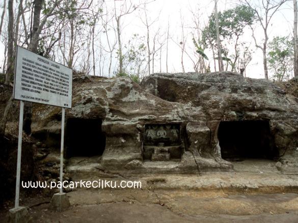 Situs Goa Sentono