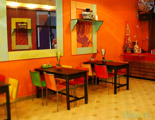Colours Cafe & Resto